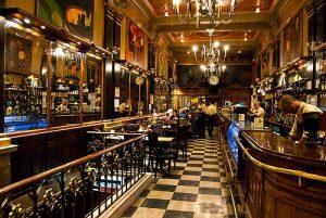 Cafés mais famosos em Lisboa - Café A Brasileira