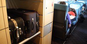 Espaço para colocar bagagens nos trens