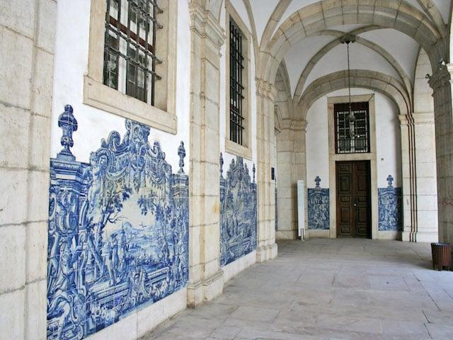 Azulejos do interior do Mosteiro de São Vicente de Fora