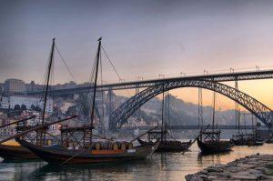 Passeio de barco no Porto