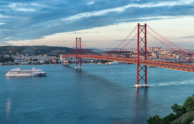 Chegando a Lisboa - Portugal