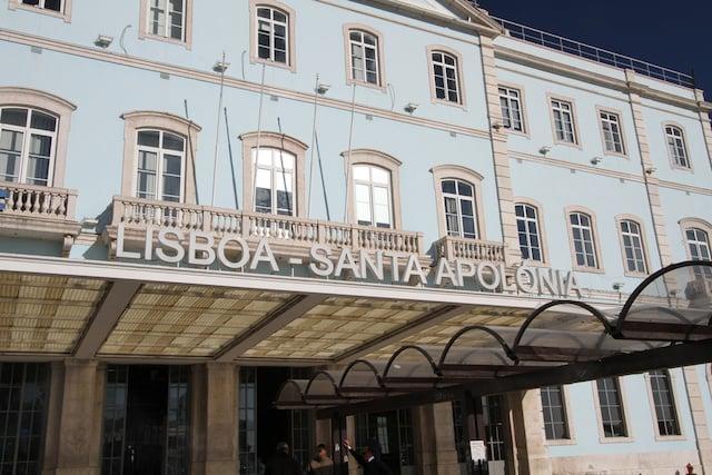 Viagem de trem de Faro a Lisboa