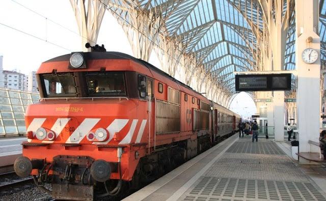 Como andar de trem em Lisboa e Portugal