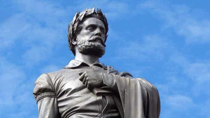 Estátua a Luís de Camões