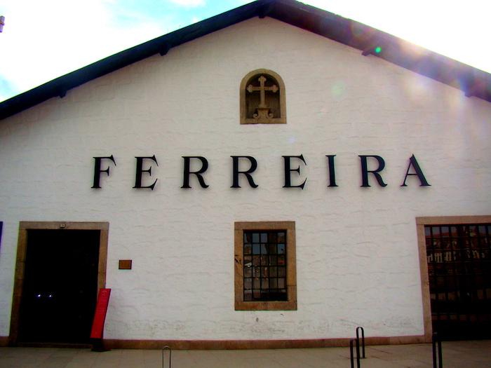 Cave Ferreira de vinho do Porto