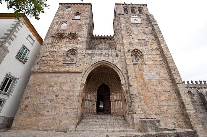 Igreja em Évora