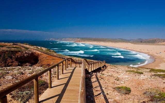Bordeira Beach no Algarve