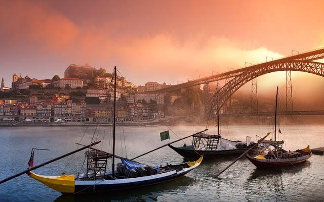 Passeio pelo Centro Histórico de Porto