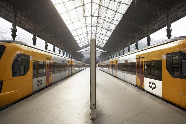 Trens no Porto