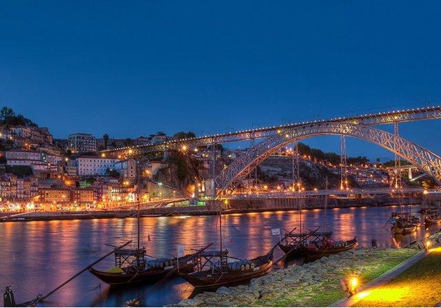 O que fazer à noite no Porto em Portugal