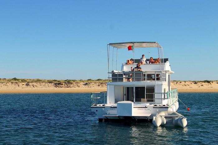 Passeio de barco no Algarve