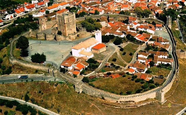 Vista aérea do Castelo de Bragança
