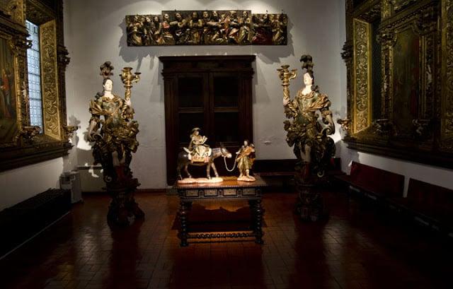 Acervo de arte sacra do Museu Alberto Sampaio