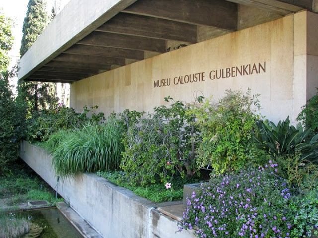 Entrada Museu Calouste Gulbenkian em Lisboa