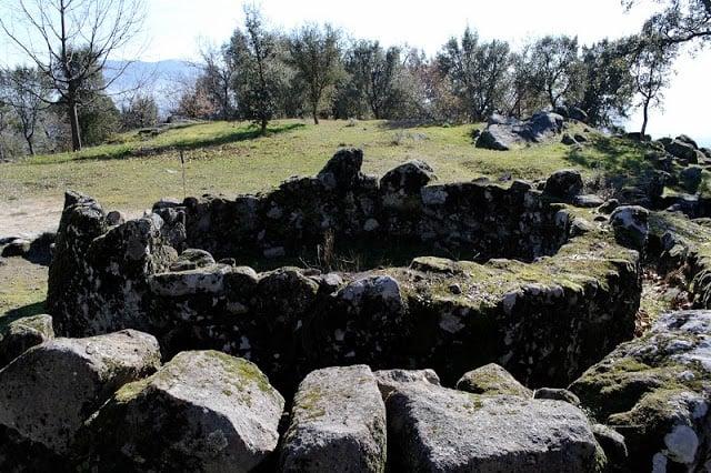 Formações do sítio arqueológico de Guimarães