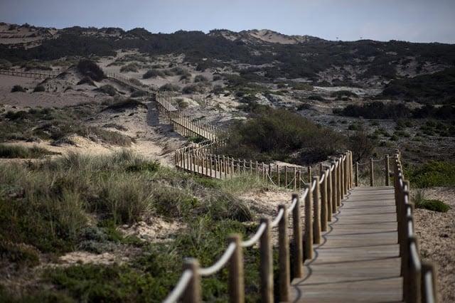 Rampa de acesso Praia da Cresmina