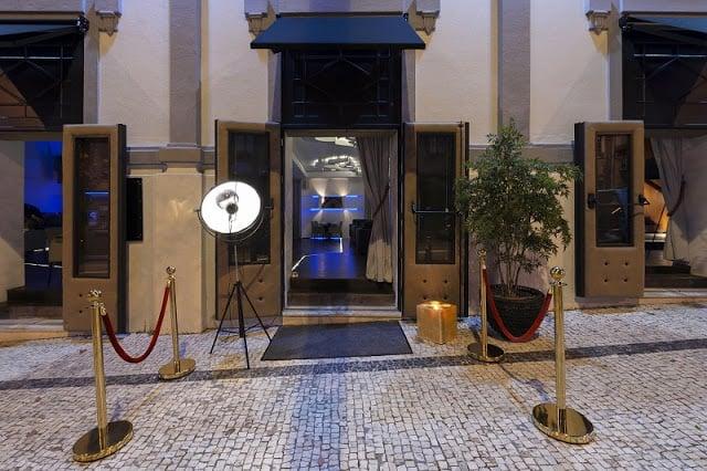 Entrada do Olympia Club no Porto