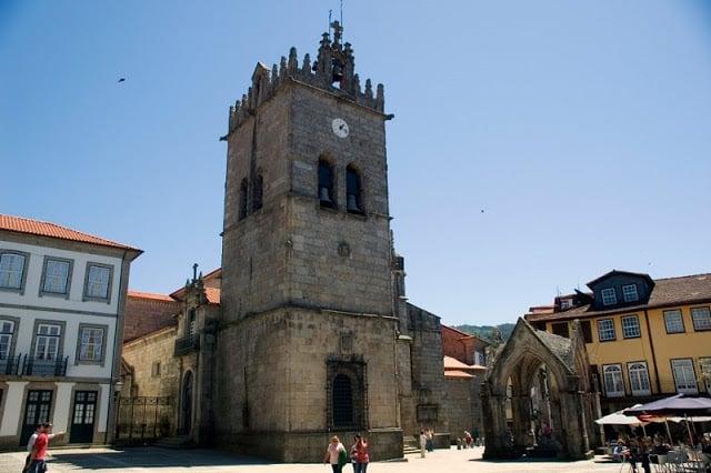 Igreja Nossa Senhora da Oliveira em Guimarães