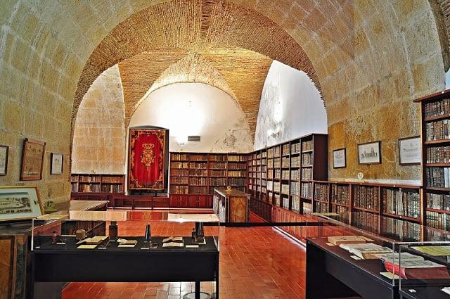 Informações da Biblioteca Joanina em Coimbra
