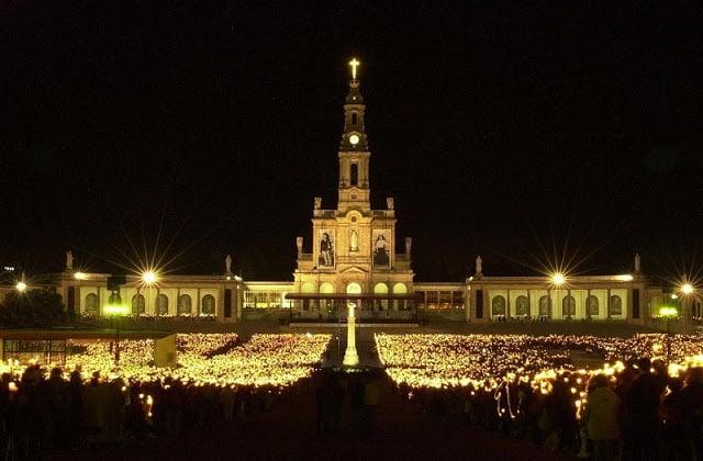 Passeio pelo Santuário de Fátima