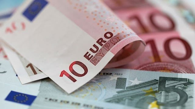 Onde comprar euros para a minha viagem