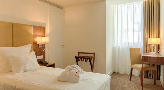 Quarto Hotel Premium Porto Downtown