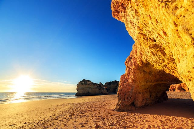 Paredão de pedra no Algarve