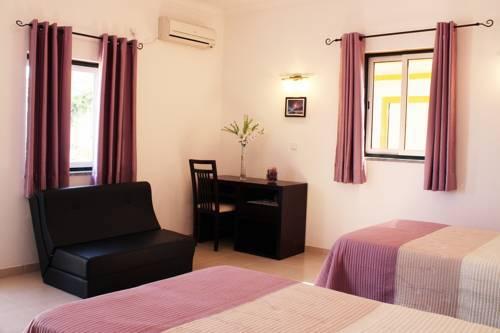 Graça Hotel em Évora - quarto