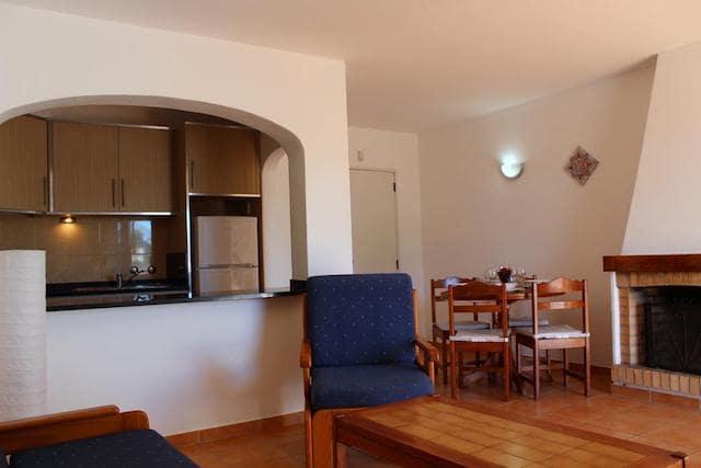 Oura Parque Apartamentos Turísticos em Albufeira - sala