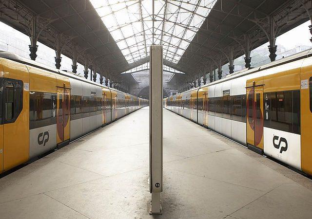 Viagem de trem de Porto a Lisboa