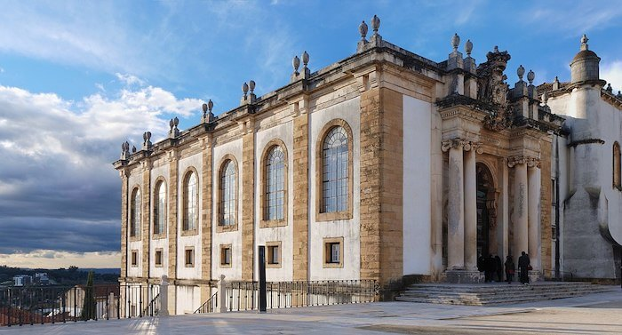 Conhecer a Biblioteca Joanina em Coimbra