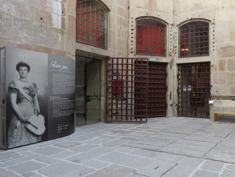 Entrada do Centro Português de Fotografia no Porto