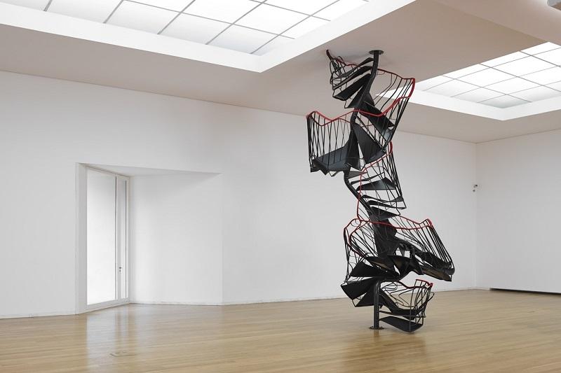 Obra no interior do Exposição no Museu de Arte Contemporânea de Serralves no Porto