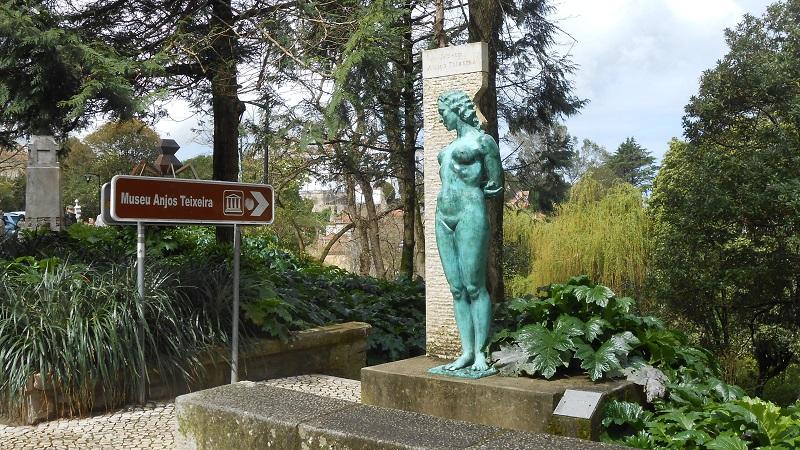 Placa sinalizando Museu Anjos Teixeira em Sintra