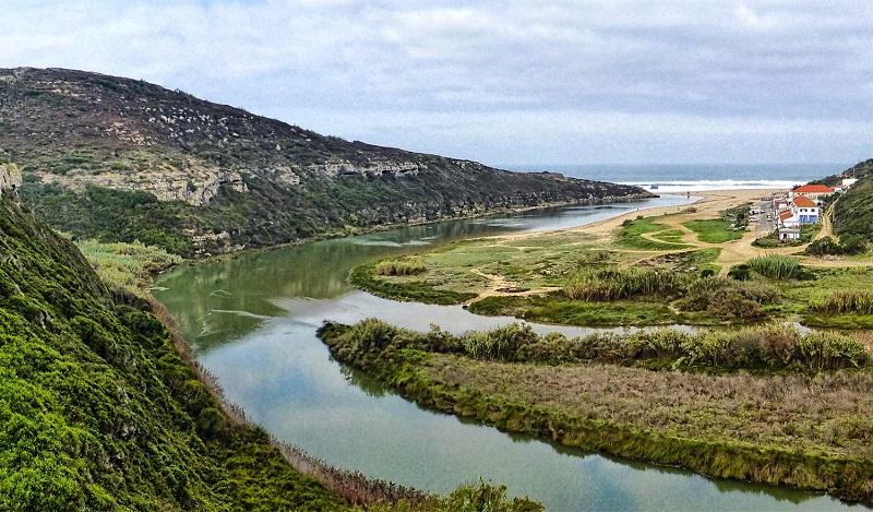 Foz do Rio Lizandro em Sintra