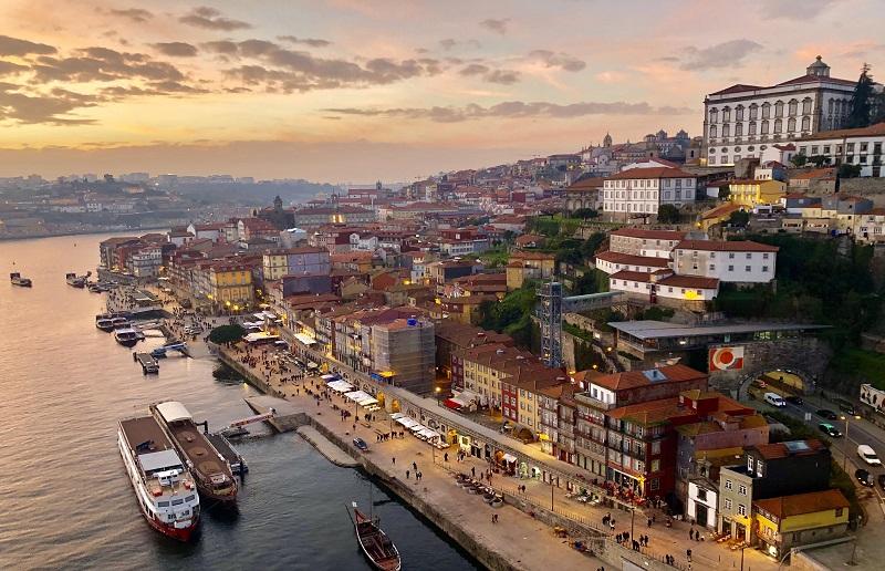 Vista aérea da cidade do Porto