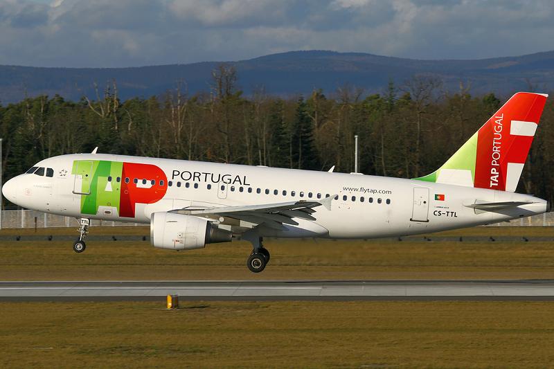 Avião de companhia portuguesa