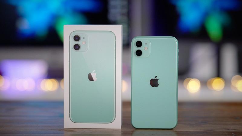 iPhone 11 e caixa