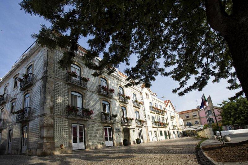 Fachada do hotel Solaris em Setúbal