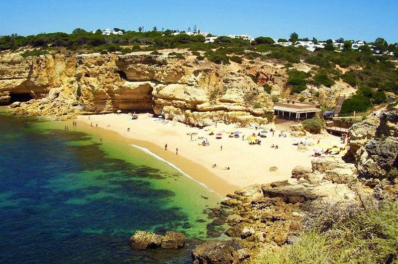 Região do Algarve no verão