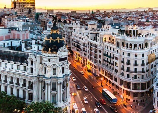 Viagem de carro de Lisboa a Madri