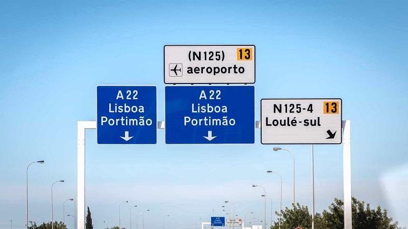 Placas de estradas em Portugal